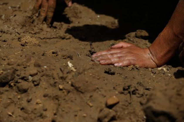 Gaza Hands and Grave