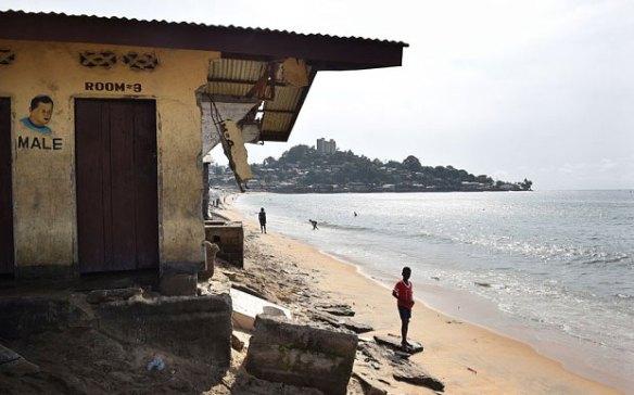 ebola-beach_3139030b