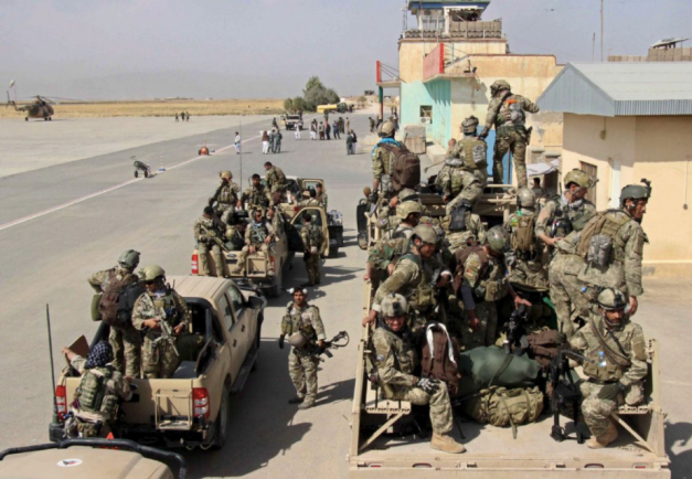 afghan-special-forces-arrive-at-kunduz-airfield-29-september-2015
