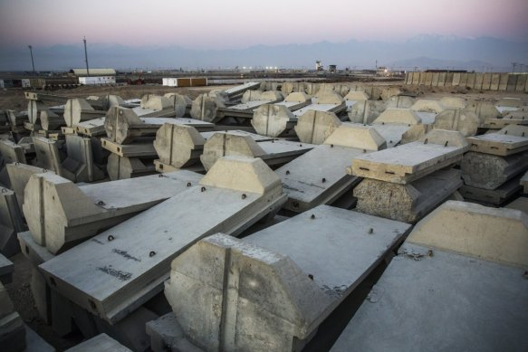 concrete-barriers-stored-at-bagram-afb-january-2015